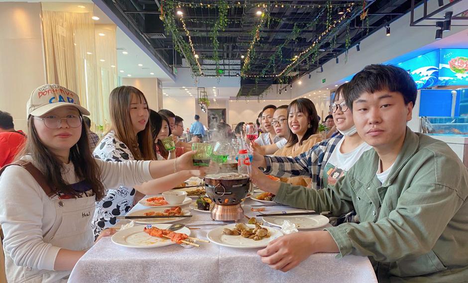 2020年4月30日海鲜自助餐活动 互动英才